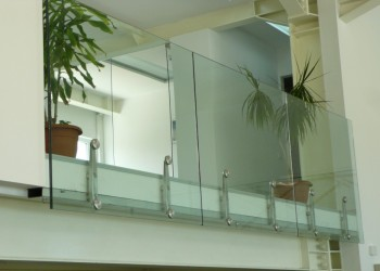 Balustrade din geam securizat si sau laminat